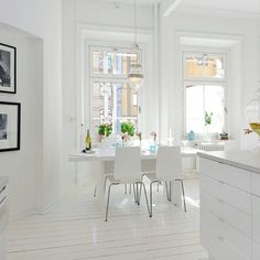 LOVE the white!! Stockholm Style