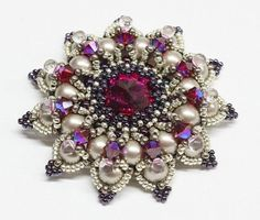 Custom Swarovski rivoli and pearls beadwoven pendant by DidiMaison, €35.00