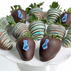Father's Day Berries - Belgian Chocolate Covered Strawberries - 12 piece - http://mygourmetgifts.com/fathers-day-berries-belgian-chocolate-covered-strawberries-12-piece/