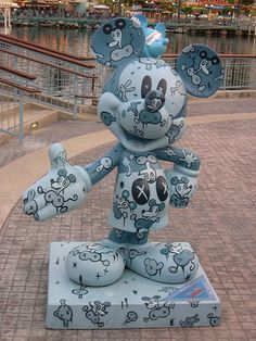"""Base Mouse"" by Gary Baseman. Celebrate Mickey: 75 years of Mickey InspEARations. At Disney California Adventure Casa Disney, Arte Disney, Disney Love, Disney Pixar, Disney Characters, Mickey Mouse Art, Mickey Mouse And Friends, Mickey Mouse Wallpaper Iphone, Disney Statues"