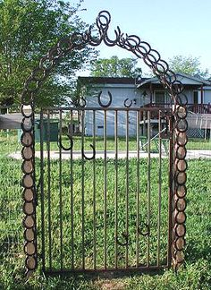 Horseshoe Art - Gates