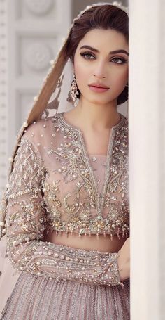 Pakistani Formal Dresses, Shadi Dresses, Pretty Prom Dresses, Wedding Dresses For Girls, Pakistani Dress Design, Beautiful Dresses, Beautiful Pakistani Dresses, Semi Formal Dresses, Formal Wear