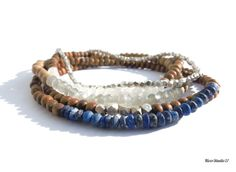 Sandalwood Bracelet Blue Faceted Raw Lapis Lazuli by Elastic Thread, Simple Jewelry, Lapis Lazuli, Buy And Sell, Beaded Bracelets, Gemstones, Stuff To Buy, Blue, Pearl Bracelets