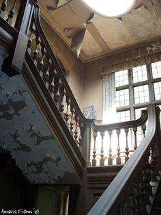 Potters Manor House in Crowborough, Sussex, UK - broken dreams.