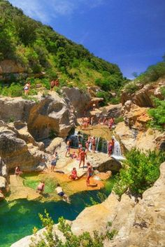 Natural swimming spots among the rocks - Waterfall Les Cascades du Moulin de Ribaute, Aude Places To Travel, Places To See, Europa Tour, Santa Cruz Camping, Camping Cornwall, Camping In Maine, Les Cascades, Camping World, Europe Destinations