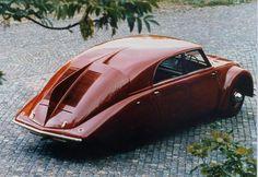 Tatra Fancy Cars, Cool Cars, Art Deco Car, Mobile Sculpture, Vintage Boats, Engin, Unique Cars, Sweet Cars, Car Makes