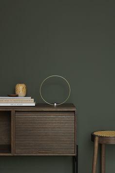 Northern i samarbeid med Jotun om fargen Northern Mystic. Bedroom Wall Colors, Paint Colors For Living Room, Bedroom Green, Green Rooms, Interior Exterior, Modern Interior, Green Wall Color, Green Home Decor, Interior Inspiration