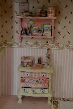 Alice in Miniatures