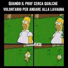Homer Simpson ahaha #lavagna #ScuolaZoo #questascuolamidistugge