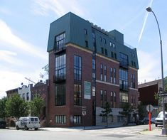http://dornob.com/banned-nyc-architect-breaks-rules-bends-building-codes/