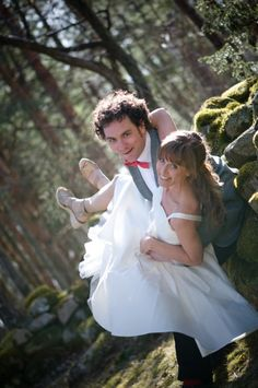 Wedding photography, Posed couple portrait, fun.