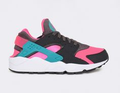 #Nike Air Huarache Hyper Pink #sneakers