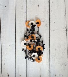 Crochet Necklace Orange White Crochet Lariat Necklace Oya Flowers Beadwork Necklace Beaded Lariat Jewellery, ReddApple, Fast Delivery