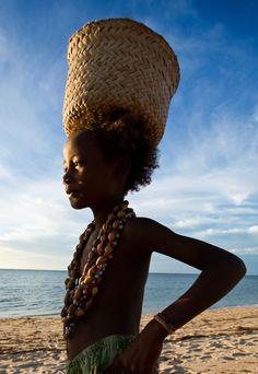 Pequeno sonhador africano.  Fotografia:  Desert Dreamer em Tumblr.