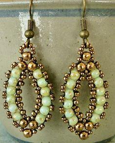 Linda's Crafty Inspirations: Esmeralda Earrings Variation