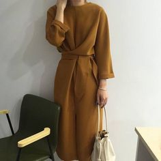 spring outfits with loafers best outfits - Street Style Fashion Mode, Modest Fashion, Look Fashion, Trendy Fashion, Girl Fashion, Autumn Fashion, Fashion Spring, Dress Fashion, Fashion Outfits