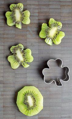 como-hacer-moldes-personalizados-para-galletas-5.jpg (550×915)