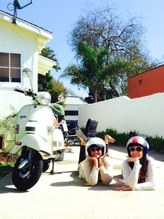 Becca and Danielle from Real Love Stella take #StellaAuto for a day full of adventure in #SantaMonica.