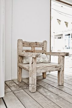 """How about a cute driftwood pumpkin? I know it usually calls for Fall decor, but I can imagine this driftwood decor anytime in our living room. Driftwood Furniture, Outdoor Furniture, Outdoor Decor, Metal Furniture, Wooden Plane, Built In Bookcase, Home And Deco, Into The Woods, Chair Design"