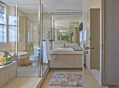 banheiro em mármore crema