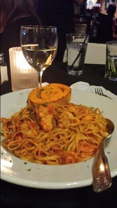 Seafood linguine at Burbank Bar and Grill
