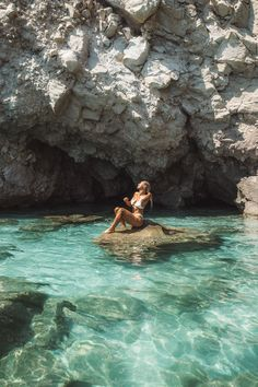Greece Vacation, Greece Travel, Greece Photography, Travel Photography, Greece Girl, Best Greek Islands, Travel Aesthetic, Summer Aesthetic, Dream Vacations