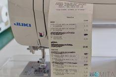 Cómo hacer una mesa para la máquina de coser   Momita's blog Sewing Hacks, Diy, Blog, Things To Make, Crafts With Pallets, Kids Clothes Patterns, Sewing Diy, Sewing Tips, Fit