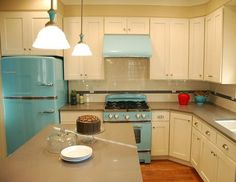 I would change several things about this kitchen, but the appliances are perfect :)