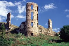 Abandoned Castles, Abandoned Mansions, Weekend House, Central Europe, Bratislava, Czech Republic, Places To Travel, Monument Valley, To Go
