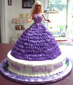 princess birthday party ideas for girls - Bing Images and I might even like this cake for my next birthday! Doll Birthday Cake, First Birthday Cakes, Girl First Birthday, Princess Theme Party, Princess Birthday, Princess Cakes, Cake Designs For Girl, Birthday Party For Teens, Birthday Ideas