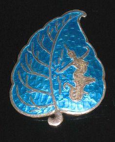 Vintage Siam Silver blue enamel brooch jewelry
