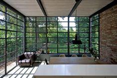 Blickrichtung direkt in den Garten - Anbau Esszimmer, Küche an Siedlerhaus 30er Jahre