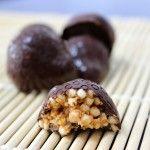 Gepofte quinoa met pindakaas in chocolade