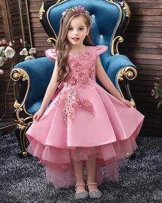 Girls Wedding Party Birthday Dress Princess Dress For Girls Tutu Big Bow Elegant Best Picture For neutral wedding parties For Your Taste You are looking for something, and it is going to tell you exac Dresses Kids Girl, Tutus For Girls, Girls Party Dress, Girl Outfits, Party Dresses, Baby Dress, Birthday Party Outfits, Birthday Dresses, Birthday Parties