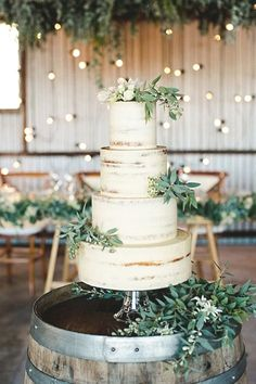 green and white wedding cake on a wine barrel - Wedding Ideas - . - green and white wedding cake on a wine barrel – Wedding Ideas – # green cak - Wedding Cake Rustic, Beautiful Wedding Cakes, Wedding Cake Toppers, Cake Wedding, Rustic Cake, Wedding Ceremony, Wedding Venues, Wedding Night, Wedding Locations