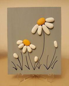 Diy art 513691901247405463 - Beautiful Pebble Art Ideas Source by grandmatreasure Stone Crafts, Rock Crafts, Diy And Crafts, Arts And Crafts, Homemade Crafts, Pebble Painting, Pebble Art, Stone Painting, Diy Painting