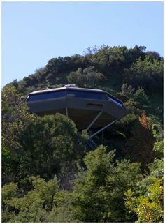 Leonard J. Malin House Chemosphere 1960 by architect John Lautner  |  Torreyson Drive  |  Los Angeles