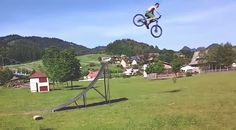 Mega crash na biku, hit zo Slovenska