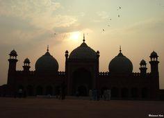 Badsahi Mosqe Lahore 62 by Mohammad Azam