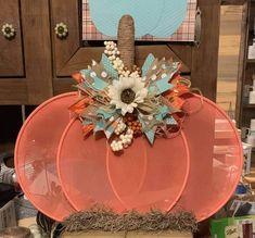 Thanksgiving Wreaths, Fall Wreaths, Thanksgiving Decorations, Holiday Decorations, Pumpkin Decorating, Decorating Ideas, Decor Ideas, Craft Ideas, Fall Halloween