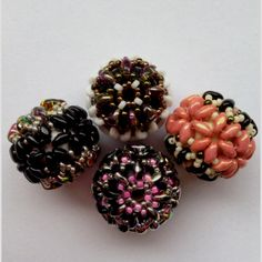 Tutorial for my Flower Beaded Bead Made with Superduos!