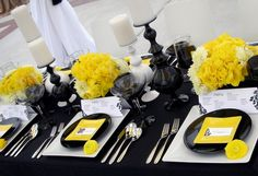 yellow, black, and white tablescape