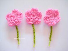 Ema's Decorations: Free Crochet Flower - pattern ✿Teresa Restegui http://www.pinterest.com/teretegui/✿