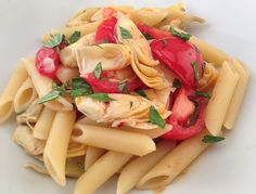 Penne With Fresh Tomatoes & Artichoke Hearts & A @wholefoods Gift Card Giveaway #healthyeating #healthyliving