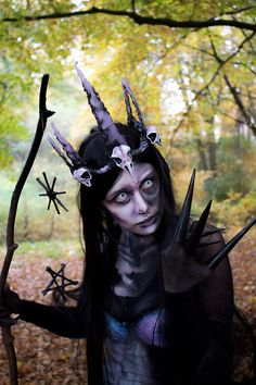 """manic-moth: """" http://manic-moth.tumblr.com/ ☽ Hel Costume ☾ Last years Halloween costume that I did based of one of my illustrations ( the last pic ). I went as Hel, the Norse goddess of the kingdom of the dead. It's still my favourite costume from..."""