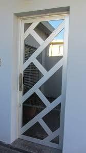 Resultado de imagen para puertas de aluminio y vidrio dos hojas