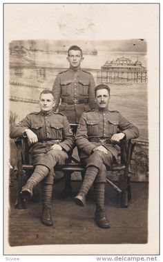 RP: Portrait of Three Army Medical Soldiers , CROSS Patches on arms , Folkestone , England , 1910s - Delcampe.com