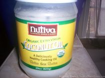 How To Use Coconut Oil Instead Of Health & Beauty Products And Save Big Money - Literally HUNDREDS of uses for coconut oil here! :-D