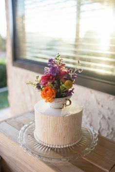 Real Wedding: Leilani and Brandon�s DIY Backyard California Wedding. Cute cake topper idea!