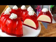 Comparte esta Receta!! Tus Amigas te lo agreadeceran. Para elaborar la Gelatina Rellena de Tres Leches Necesitaras lo siguiente: Ingredientes •2 sobres de gelatina de sabor fresa para preparar en agua •1 lata de leche evaporada •1 lata de leche condensada •1 lata de media crema • 3 sobres de gelatina Jello Recipes, Dessert Recipes, Recipies, Tres Leches Cake, Flan, Delicious Desserts, Christmas Holidays, Sushi, Panna Cotta